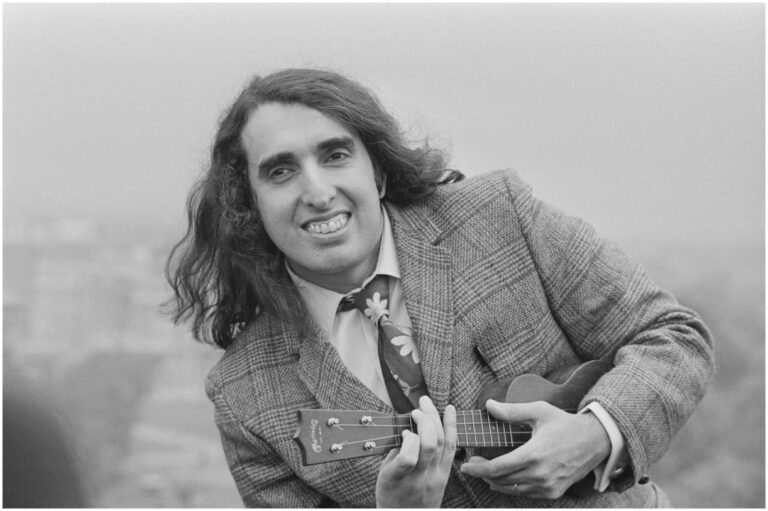 Tiny Tim – Net Worth, Spouse, Biography, Death, Quotes, Wiki