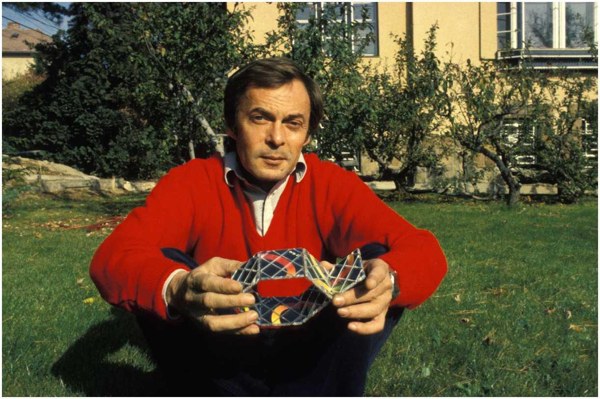 Ernő Rubik biography