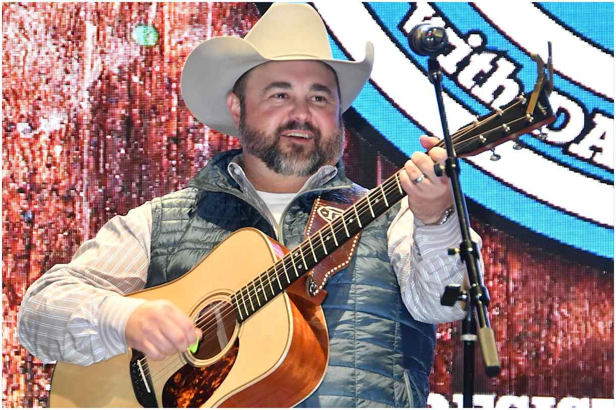 Daryle Singletary biography