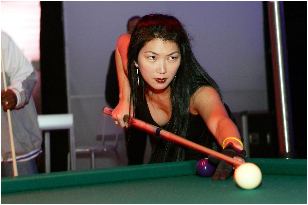 Jeanette Lee biography