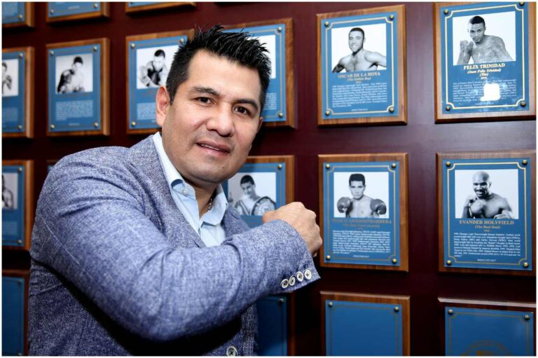 Marco Antonio Barrera - Net Worth, Boxing Record, Wife, Biography, Facts