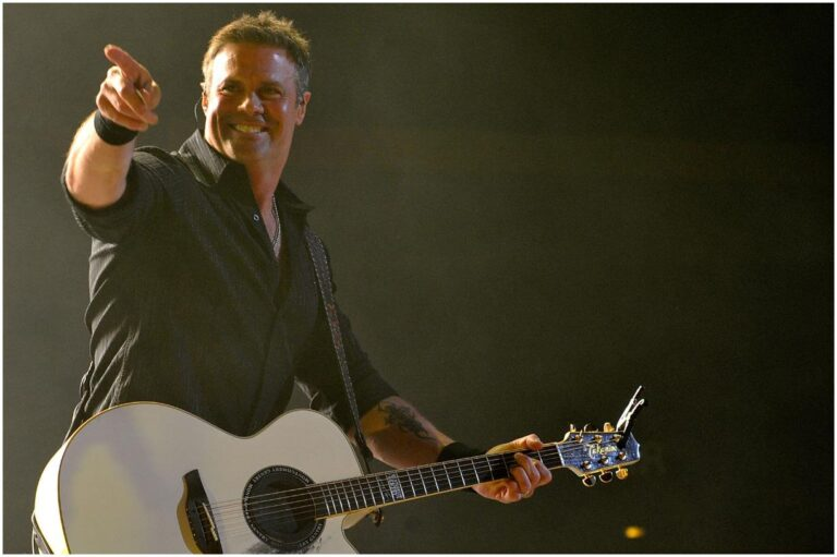 Troy Gentry - Net Worth, Bio, Death, Bear Killing