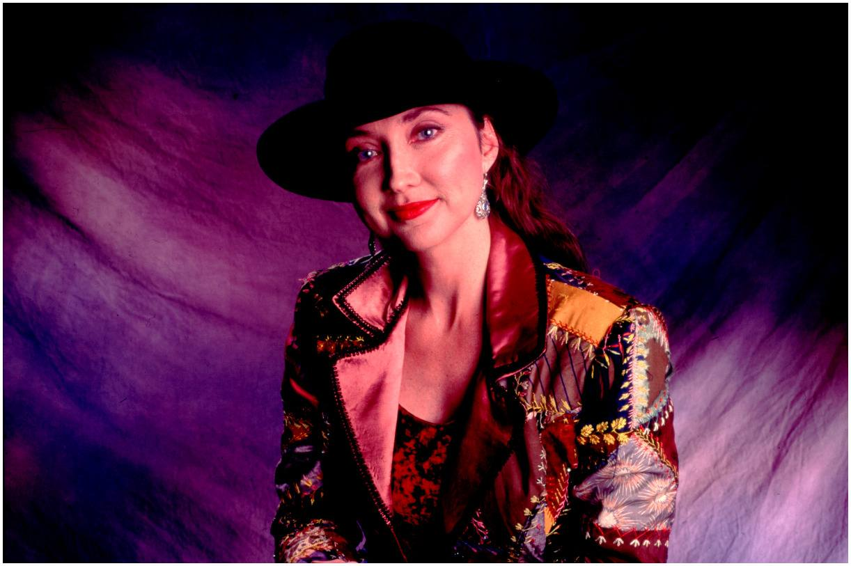 Pam Tillis - Net Worth, Husband, Father, Age, Songs