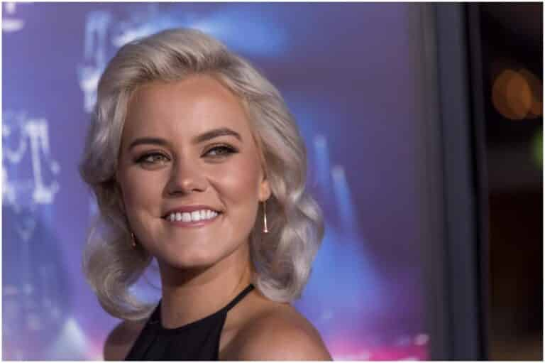 Taya Smith - Net Worth, Husband, Age, Height, Hillsong, Shaved Head