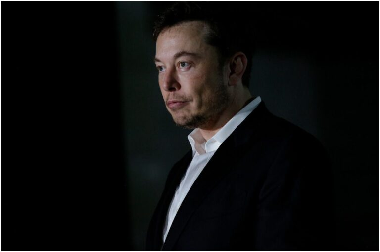 20 Celebrities That Like Anime - Elon Musk, Zac Efron, and more