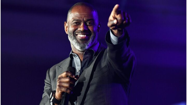 Brian McKnight – Net Worth, Wife (Leilani Mendoza), Age, Biography