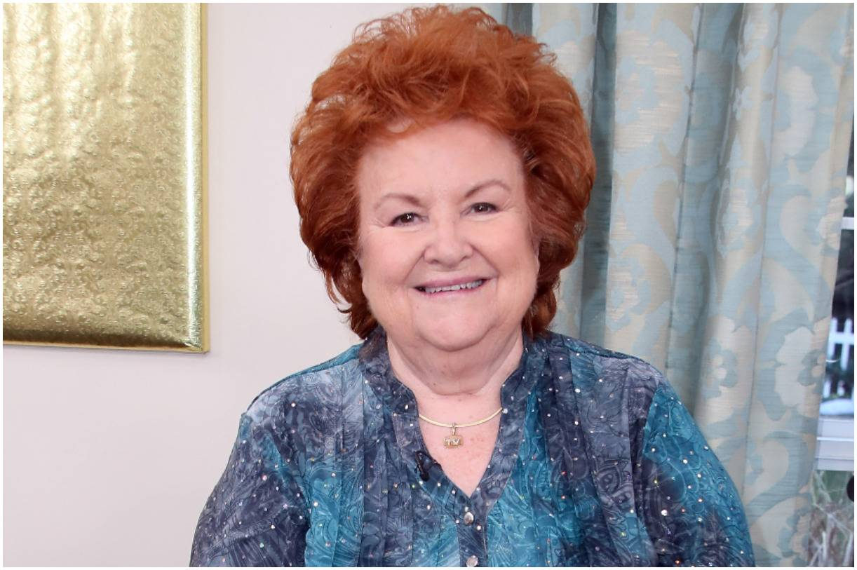 Cathy Mitchell - Net Worth, Biography, Cookbooks