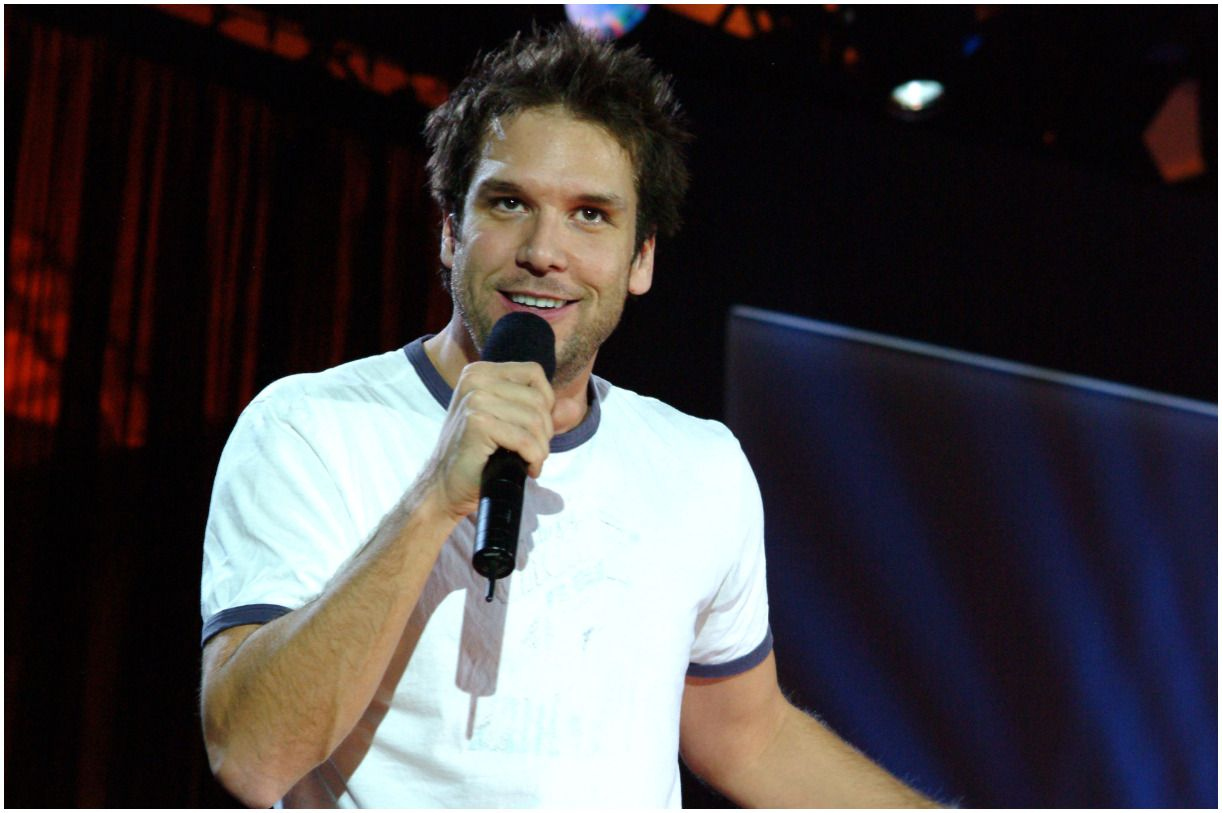 Dane Cook Net Worth 2020 Girlfriend, Brother, Age, Wiki