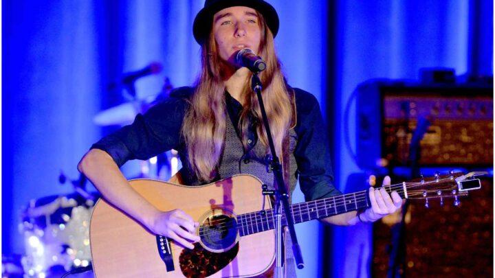 Sawyer Fredericks - Net Worth, Girlfriend, Age, Albums