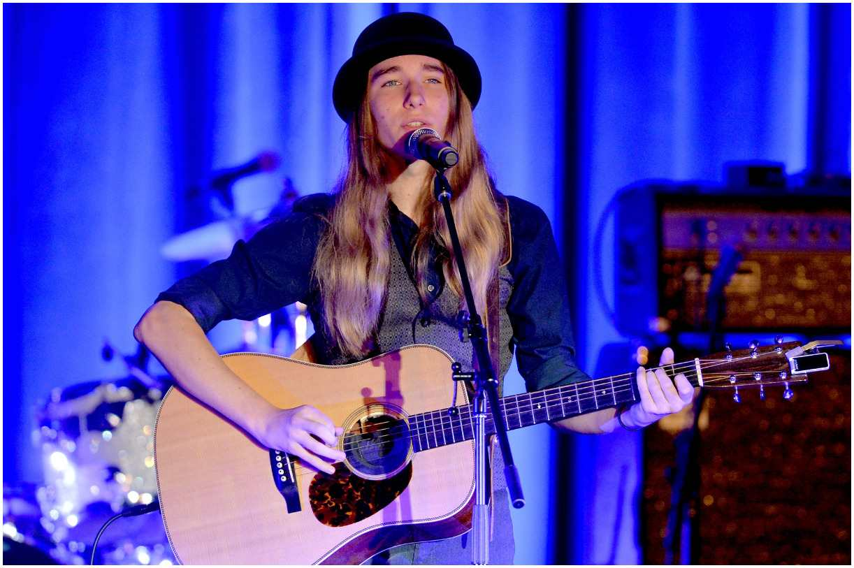 Sawyer Fredericks - Net Worth, Girlfriend, Age, Albums