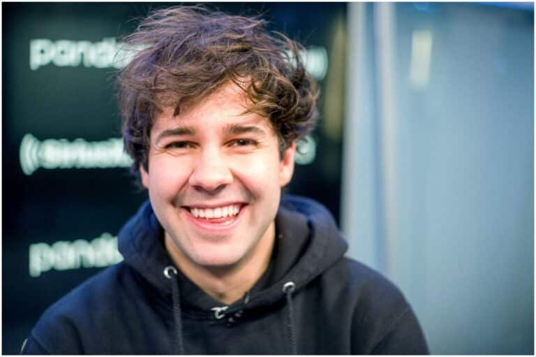 David Dobrik Net Worth 2020 Age, Girlfriend (Natalie), Height, Wiki