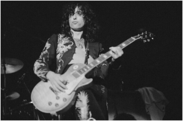 10 Famous Telecaster Players (Jimmy Page)