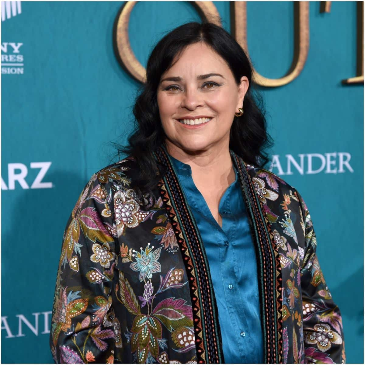 what is the net worth of Diana Gabaldon