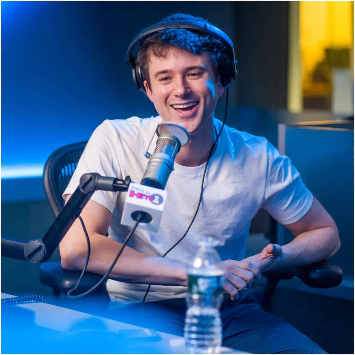 what is the net worth of Alec Benjamin