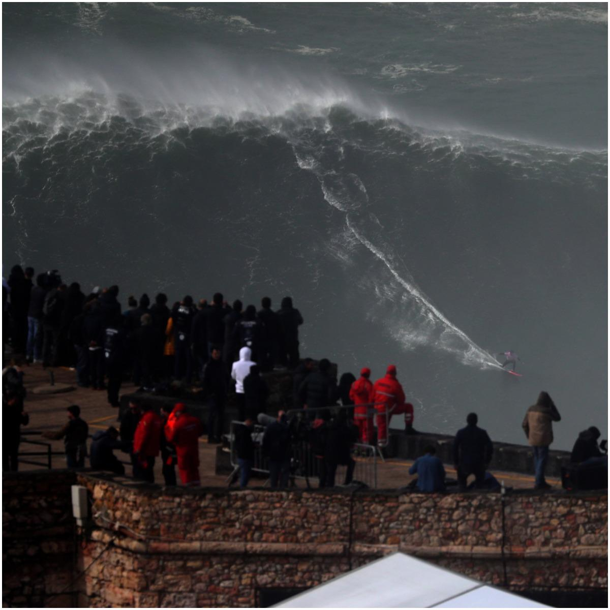 big waves in Nazaré, Portugal