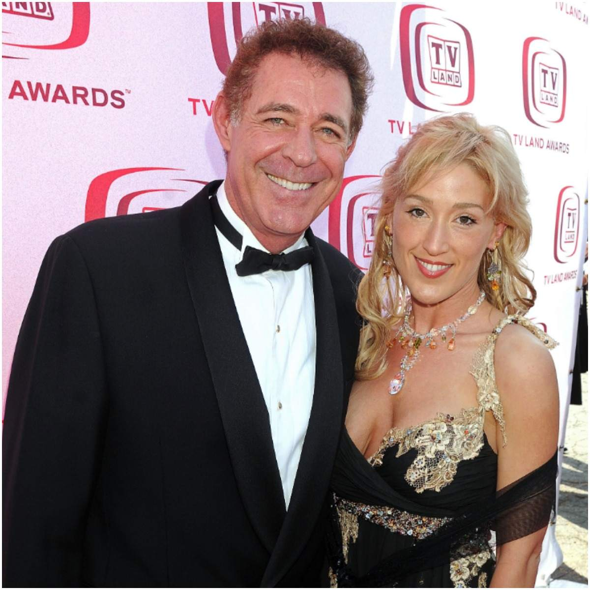 Barry Williams with his girlfriend Elizabeth Kennedy