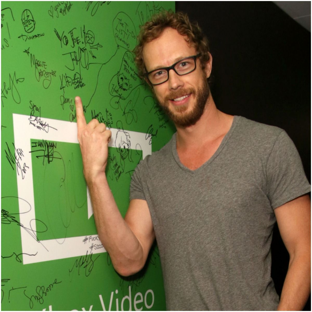 Kris Holden-Ried net worth