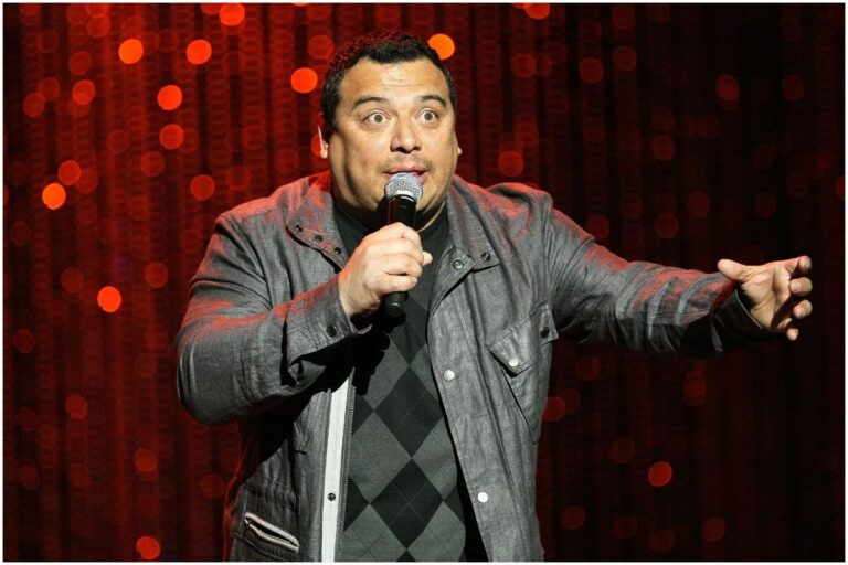 Carlos Mencia - Net Worth, Wife (Amy), Joe Rogan, Biography
