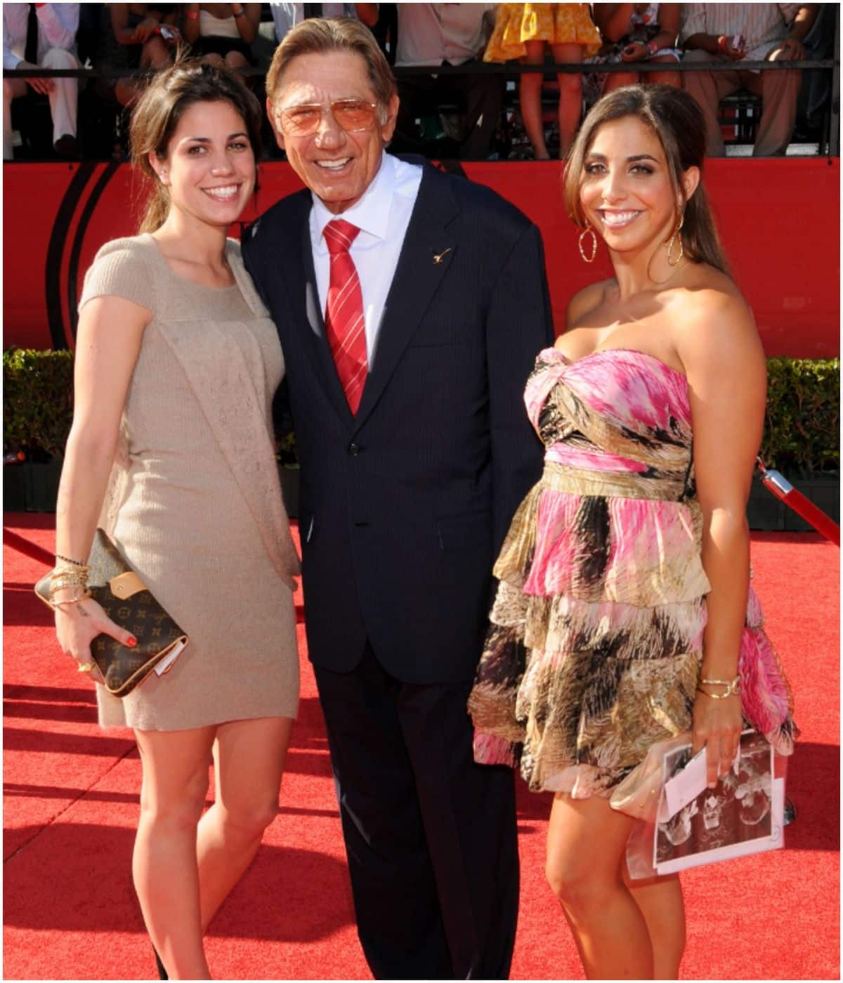 Joe Namath with his daughters