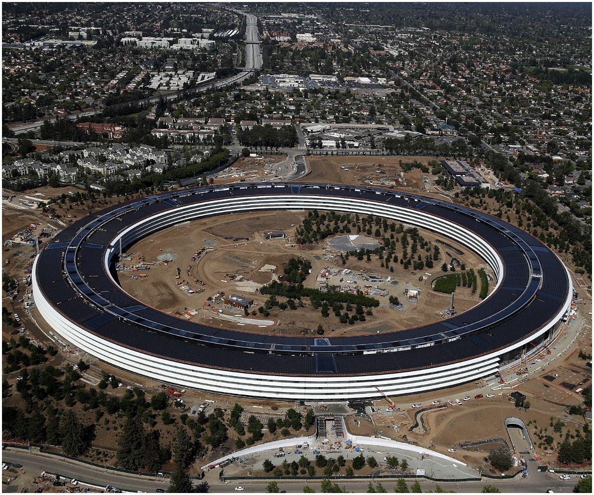 Apple's new 175-acre 'spaceship' campus
