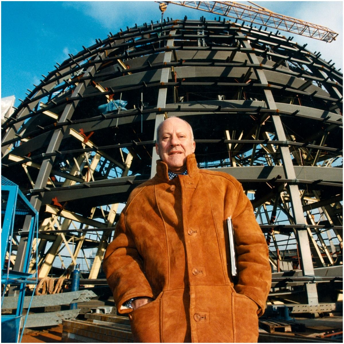 what is the net worth of Norman Foster