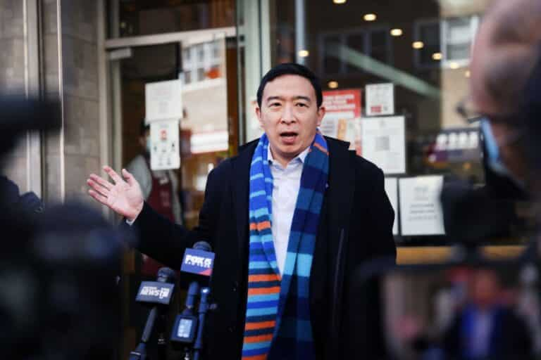 Andrew Yang - Net Worth, Wife (Evelyn Yang), Biography