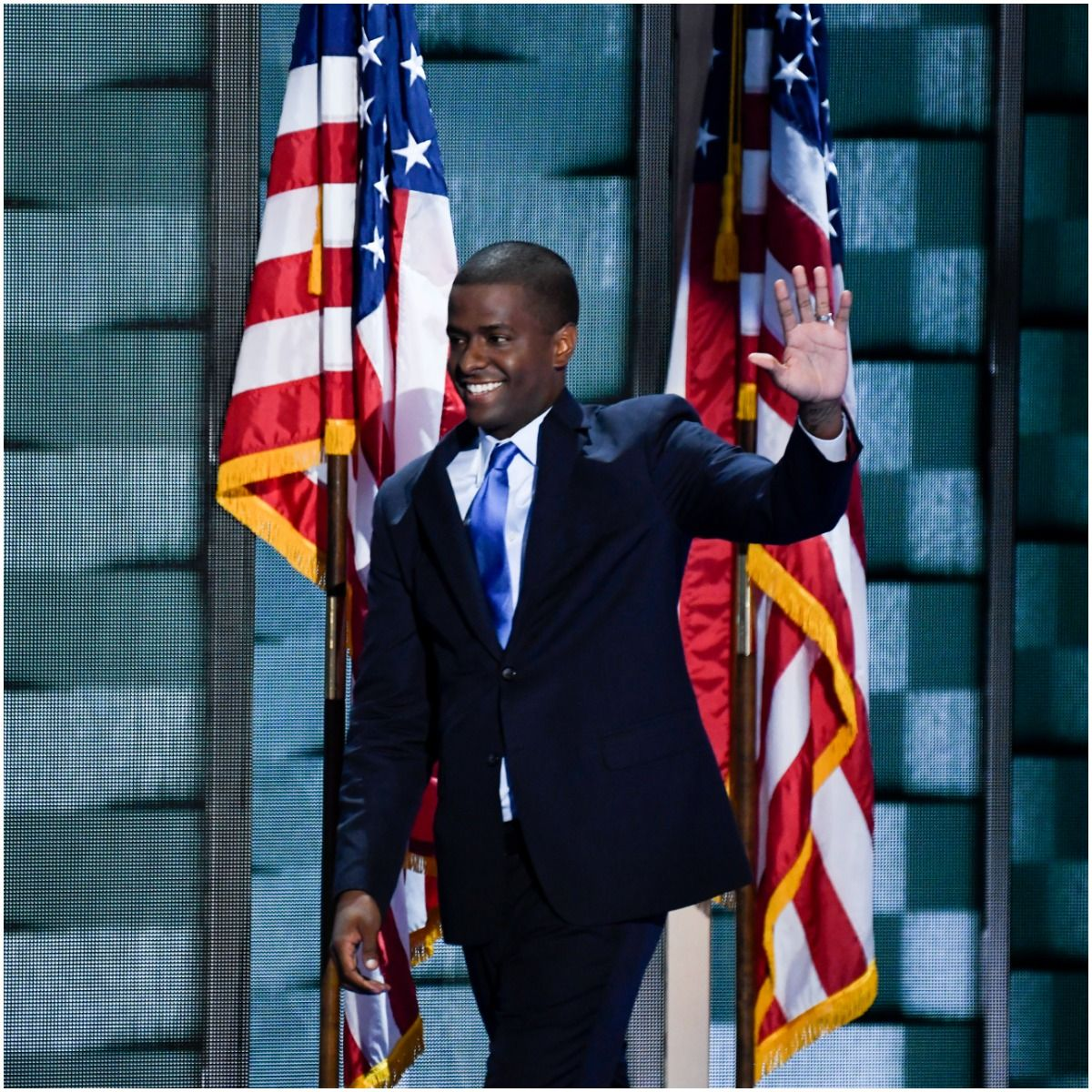 what is the net worth of Bakari Sellers